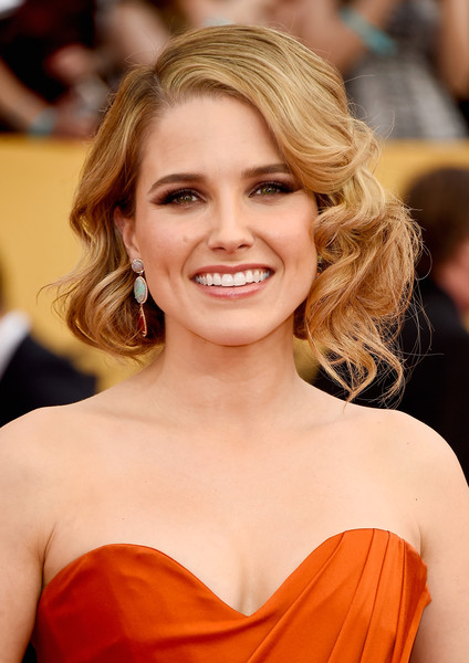 On The Red Carpet – Best Hairstyles & Makeup at the 2015 SAG Awards 10