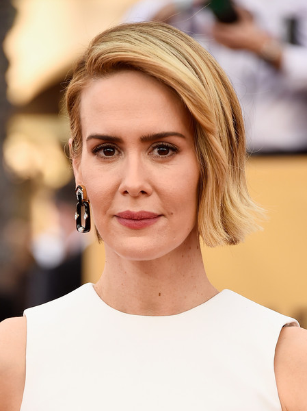 On The Red Carpet – Best Hairstyles & Makeup at the 2015 SAG Awards 12