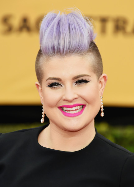 On The Red Carpet – Best Hairstyles & Makeup at the 2015 SAG Awards 4