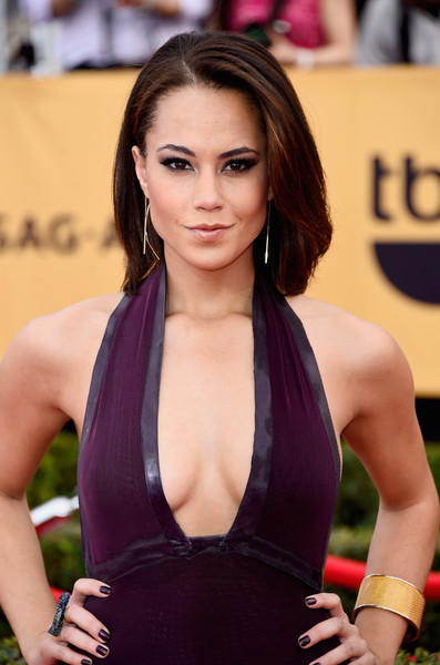 On The Red Carpet – Best Hairstyles & Makeup at the 2015 SAG Awards 5