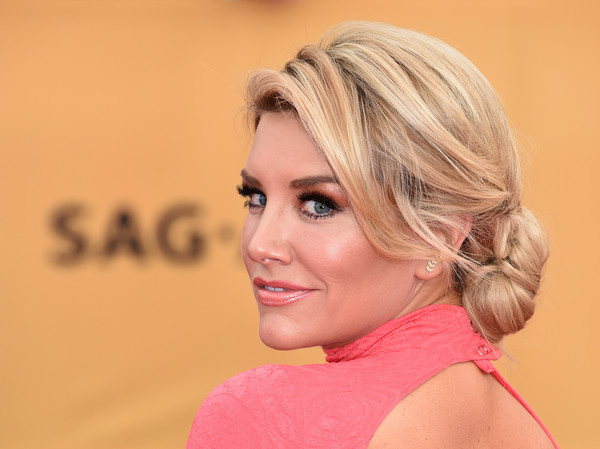 On The Red Carpet – Best Hairstyles & Makeup at the 2015 SAG Awards