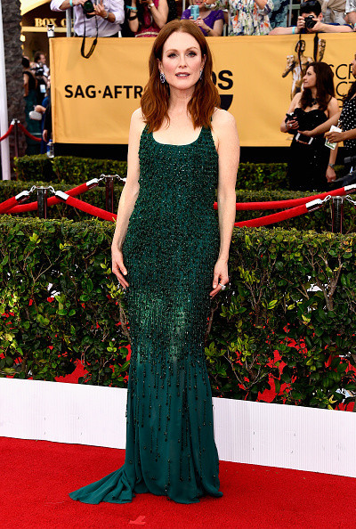 On The Red Carpet - Best Dressed at the 2015 SAG Awards 6