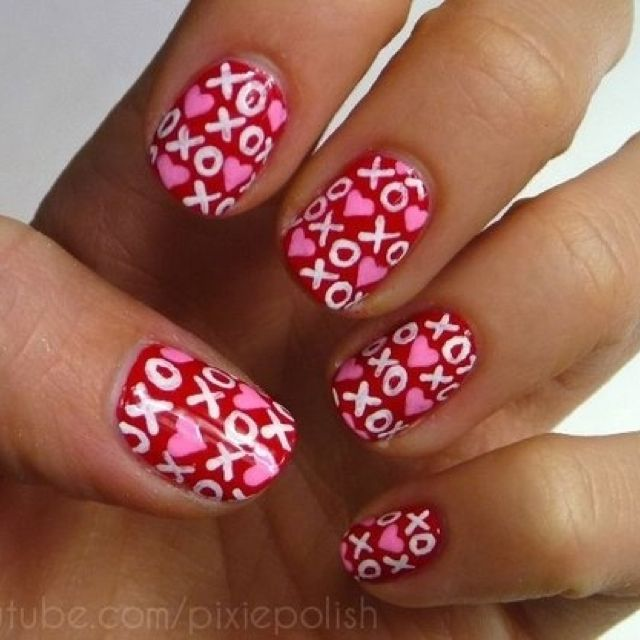 Valentine\'s Day Nail Art & Design Ideas