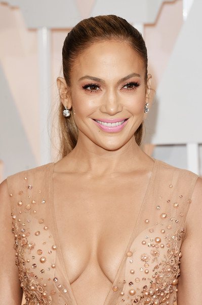 87th Annual Academy Awards Red Carpet Fashion -  J.Lo 3