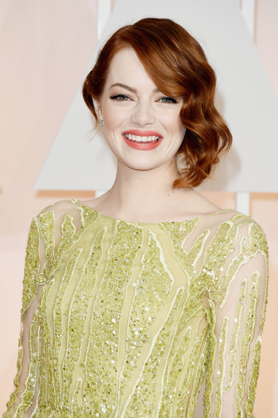 Best Hairstyles & Makeup Looks From The 87th Annual Academy Awards 12