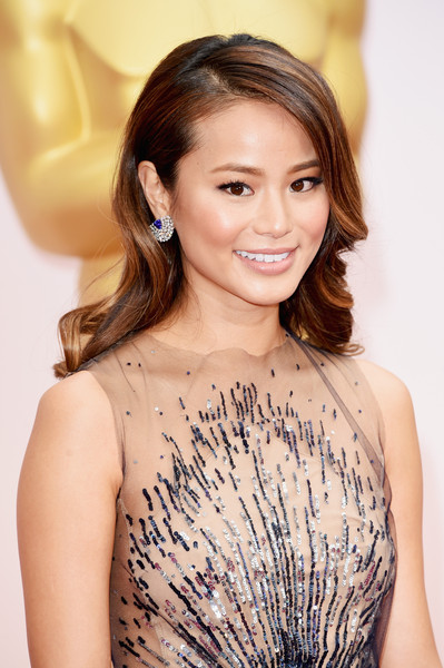 Best Hairstyles & Makeup Looks From The 87th Annual Academy Awards 4