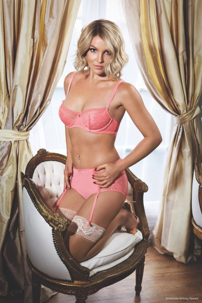 Britney Spears Shows Off Her 2015 Spring and Summer 2015 Intimate Collection