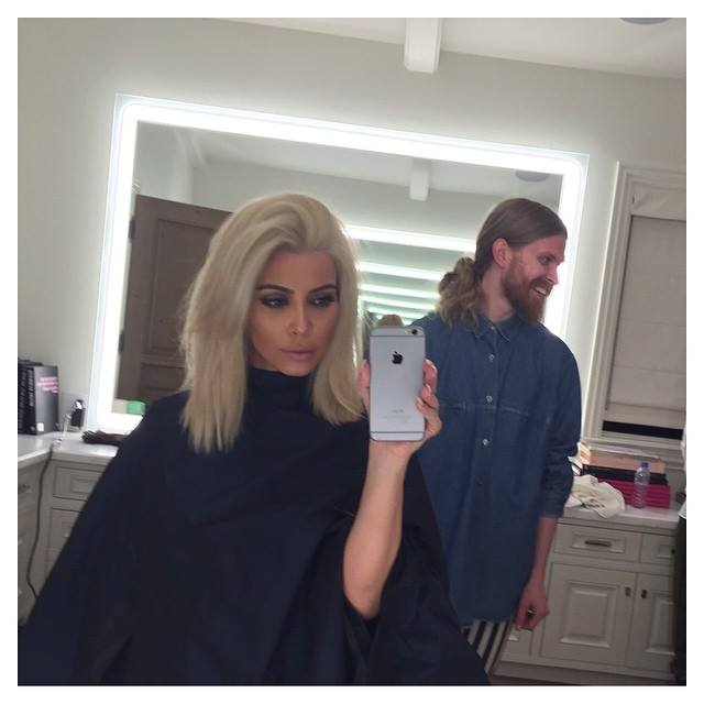 Kim Kardashian Dyes Hair Platinum Blonde