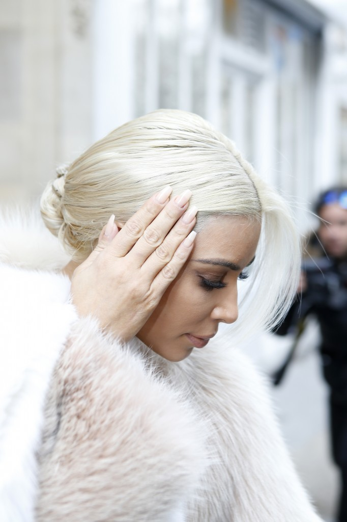 Kim Kardashian Goes Even Lighter With New White Hair Color 6