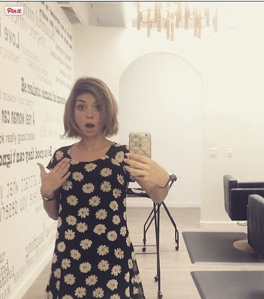 Sarah Hyland Turns Lob Into Bob For the Summer!