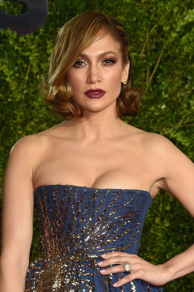 2015 Tony Awards Hairstyles & Makeup Looks 2