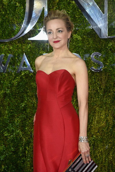 2015 Tony Awards Hairstyles & Makeup Looks 4