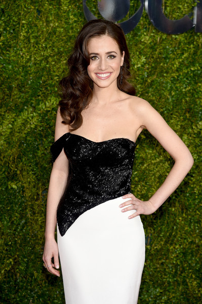 2015 Tony Awards Hairstyles & Makeup Looks 7