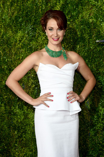 2015 Tony Awards Hairstyles & Makeup Looks 8