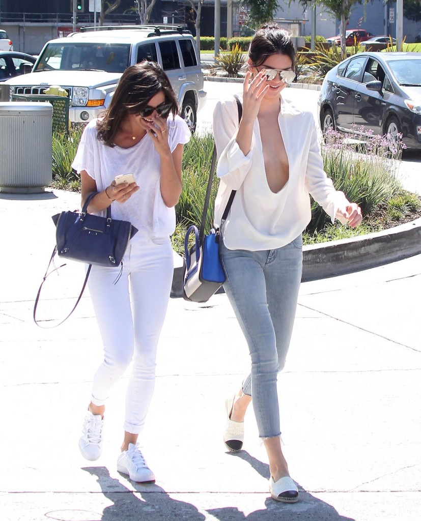 Celebrity Style - Kendall Jenner Wears Plunging Neckline Top & Skinny Jeans 3