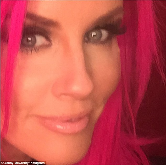 Jenny McCarthy Gets Seriously Hot Pink Strands 4