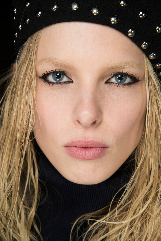 2015 Fall - Winter 2016 Makeup Trends 10