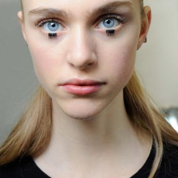 2015 Fall - Winter 2016 Makeup Trends  12