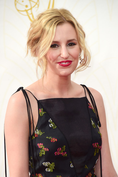 2015 Primetime Emmy Awards Hairstyles + Makeup Looks 15