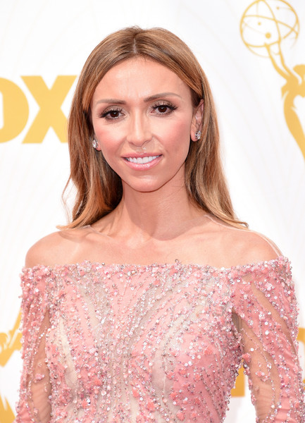 2015 Primetime Emmy Awards Hairstyles + Makeup Looks 3