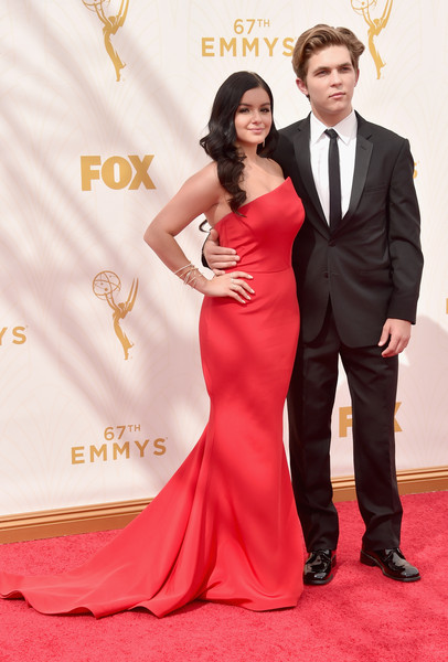 2015 Primetime Emmy Awards Makeup How To  Ariel Winter 4