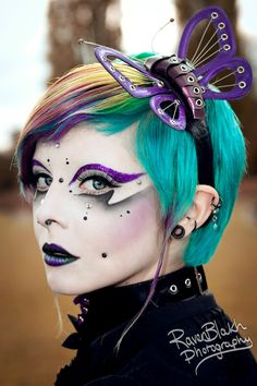 20 Halloween Hairstyles To Spice Up Your Costume 12