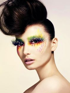 20 Halloween Hairstyles To Spice Up Your Costume 19