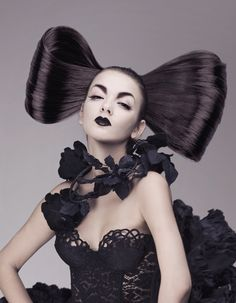 20 Halloween Hairstyles To Spice Up Your Costume 6