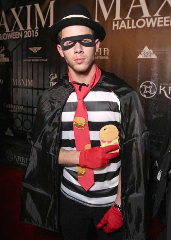 2015 Celebrities In Halloween Costumes 5