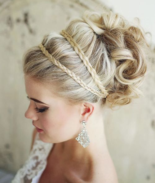 31 Creative Updos For Any Occasion 30