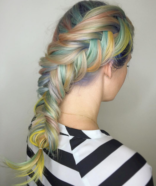2016 Hair Color Trend - Macron Colored Hair 2