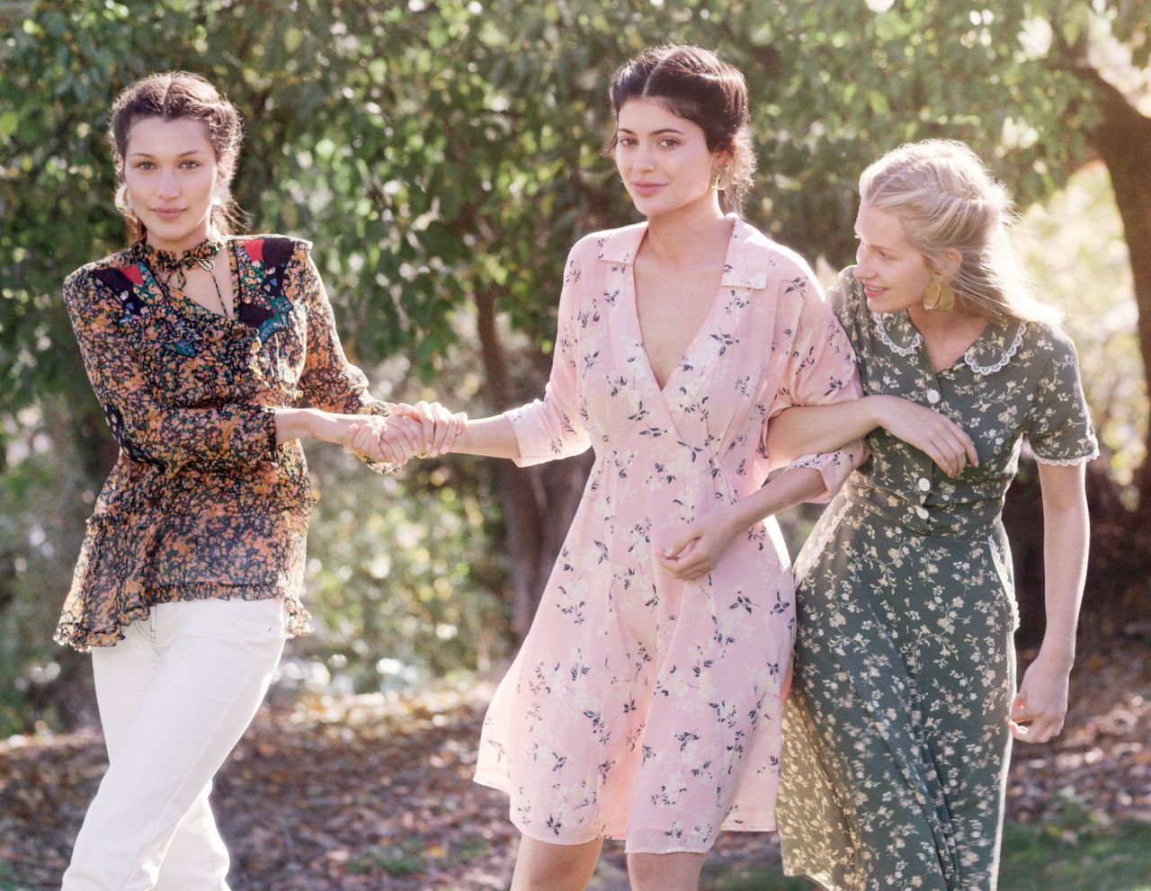 Kylie Jenner, Bella Hadid and Lottie Moss Featured In Vogue Magazine December 2015 Issue 3