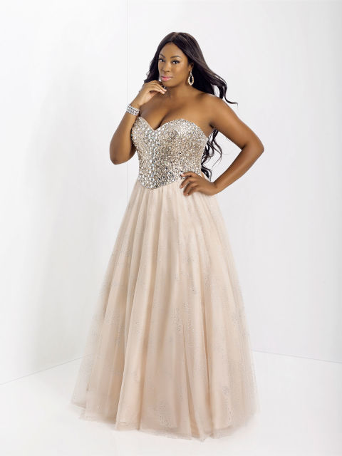 2016 plus size prom dress trends 19