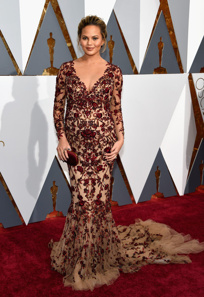 Red Carpet Fashion Best Dressed At The 88th Annual Academy Awards 15