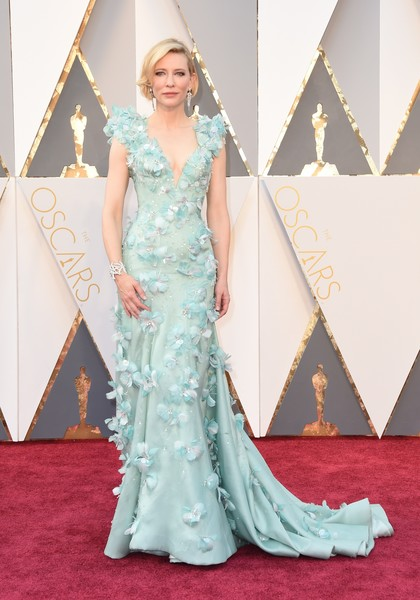 Red Carpet Fashion Best Dressed At The 88th Annual Academy Awards 17