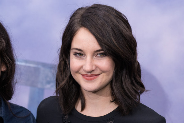 Shailene Woodley Debuts New Darker Hair Color 3