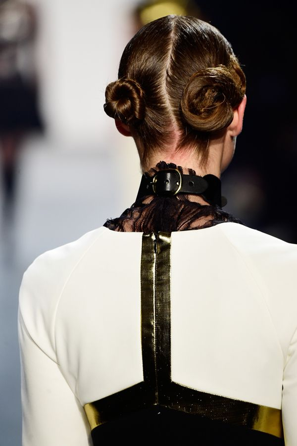 2016 Fall - Winter 2017 Hairstyles - Looks On The Runway 8