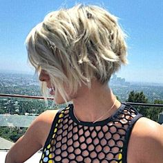 2016 Short Hair Cuts for Women 3