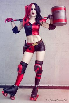 one-of-a-kind-best-diy-harley-quinn-from-suicide-squad-costume-cosplay-ideas-21