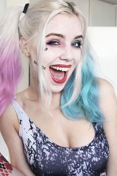 one-of-a-kind-best-diy-harley-quinn-from-suicide-squad-costume-cosplay-ideas-26