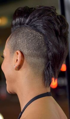 undercut-hairstyles-shaven-hair-ideas-16