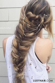 2017-prom-hairstyles-4